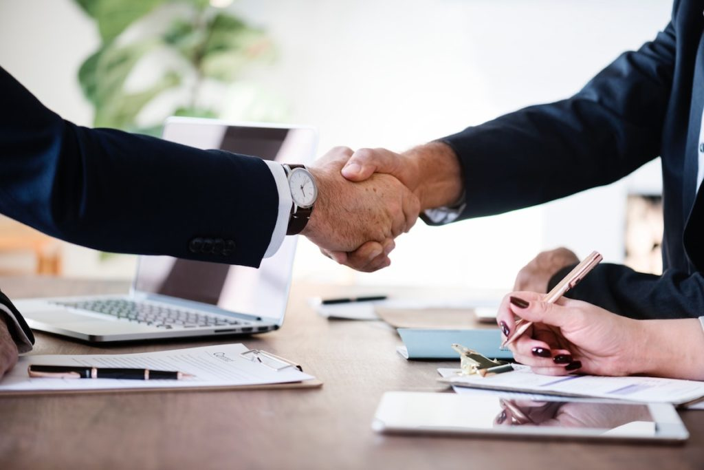 3 Critical Factors Considered When Hiring Lawyers