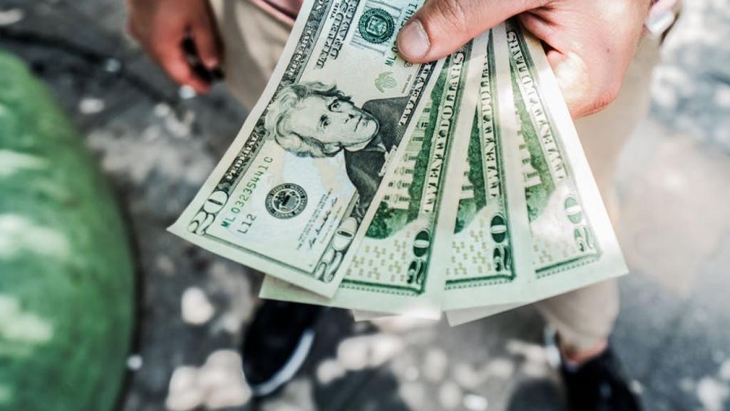 Quick Tips on Saving Money